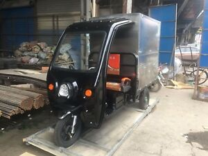 Electric Tricycle Concession Stand Trailer Kitchen Black Color Shipped By Sea