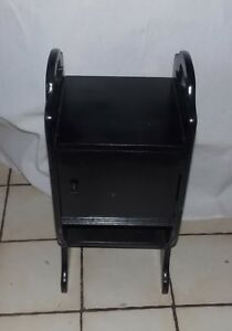 Black Lacquer Smoke Stand