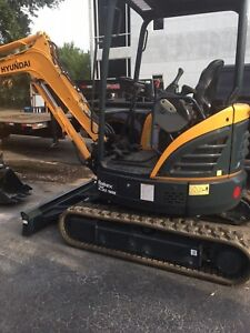 Hyundai Mini Excavator R25z 9ak Used We Offer Leasing