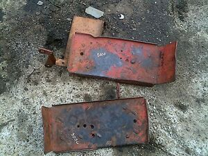 Farmall 300u 300 350 Utility Tractor Ih Pair Set Of Step Foot Panel Panels Steps