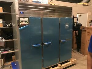 Traulsen G31310 Three Door Freezer 208 230v New Out Of Box