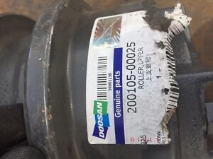 Doosan Dx235lc Upper Track Roller 200105 00025 New Free Shipping