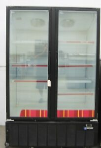Masterbilt 2 Swinging Glass Doors Commercial Restaurant Ice Cream Freezer 2 door