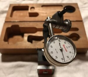 Starrett Magnetic Base No 657 With No 196 Dial Indicator
