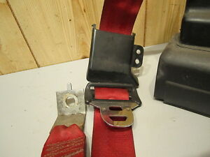 Ford Mustang 1990 1991 1992 1993 Seat Belt Red Right Rear