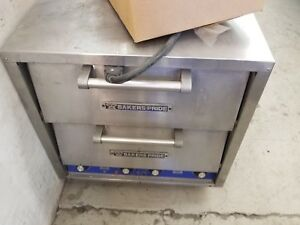 Baker s Pride Double Door Electric Counter Top Pizza Oven Model Dp 2