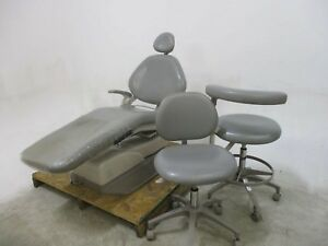 1020 Dental Patient Exam Chair W 2 Matching Stools