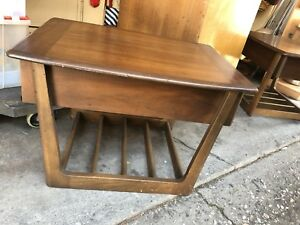 Vintage 2 Pc Mid Century Modern Walnut Wood End Side Table Nightstand W Drawer