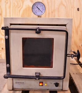 Fisher Scientific Model 285 Laboratory Vacuum Oven