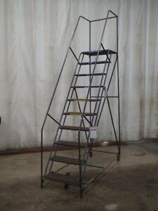Portable Stairs 300 Lbs 10 Steps 06182100175