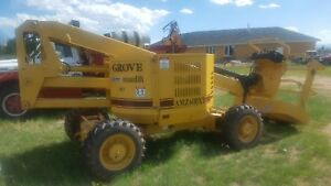 1997 Grove 4x4 Articulated Boom Man Lift