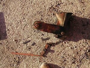 Allis Chalmers D14 Tractor Orignl Ac Snap Couple Coupler Hitch Bell Anchor Mount
