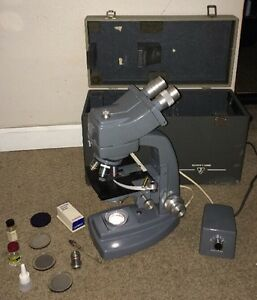 Vintage Bausch Lomb Microscope With 4 Optical And Case Model Zb198 See Picture