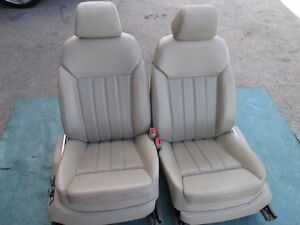 Bentley Continental Flying Spur Front Seats Gray