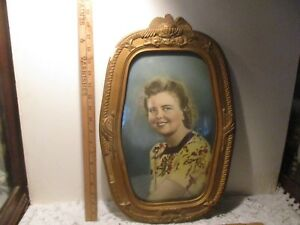 Lovely Antique Vintage Oval Bubble Glass Picture Frame With Photo 19 1 2 By 13