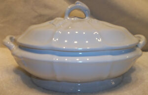 Antique Jacob Furnival White Ironstone Vegetable Tureen Grapes Leaves Pattern