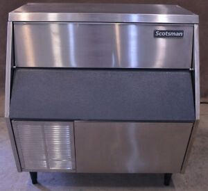 Scotsman Afe325as 1b Flaker Ice Maker Machine 325 Lbs Self Contained 115v