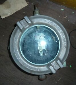 Crouse Hinds Explosion Proof Box W window 9 1 2 Diameter