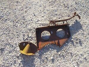 Farmall B Tractor Ih Seat Assembly Pan Bracket To Platform Foot Mount