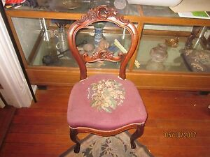 Antique Victorian Dining Room Chair With Needlepoint Seat