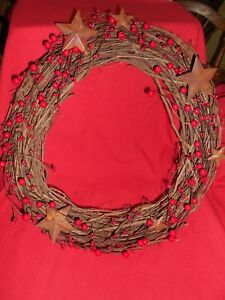 Gorgeous Primitive Wreath Red Pip Berries Hard Berries W Rusty Stars 18