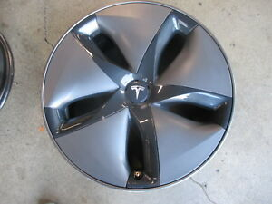 One Take Off Factory 2018 Tesla Model 3 18 Wheel Oem Rim 104422100a With Hubcap