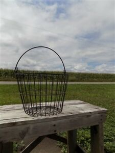 Wire Carrying Basket Country Store Counter Hardware Primitive Vintage Egg M