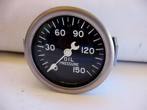 Nos Stewart Warner Oil Pressure Gauge Crescent Needle Curved Glass Lens Sealed