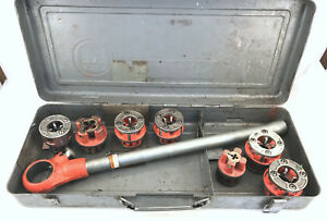 Ridgid 00 r Ratcheting Pipe Threader With 7 Dies And Case