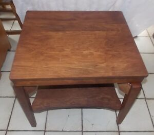 Mahogany Mid Century Tv Swivel Table End Table T755