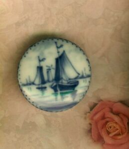 Scarce Hand Painted Victorian Porcelain Dutch Blue Mono Chrome Ship Stud Button