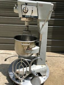 D 300 Hobart 115v Pizza bread Dough Bakery 30qt Mixer W attachments 30 Quart