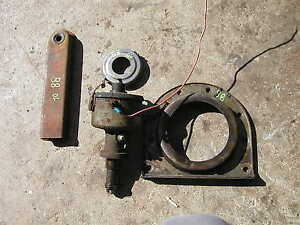 Oliver 88 Rowcrop Tractor Distributor Drive Valve Cover Vent Crank Seal