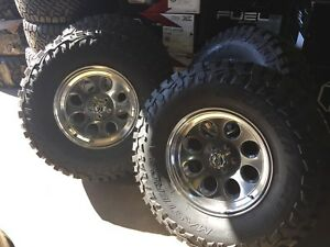 17x9 Ion 171 Polished 35 Mt Wheel And Tire Package 8x6 5 Chevy Silverado 2500
