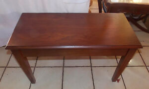 Walnut Lift Seat Piano Bench Bn134