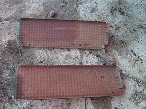 Cockshutt 30 Tractor Original Pair set Of Platform Step Steps Right