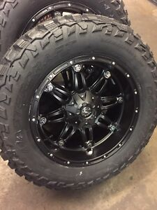 5 20x10 Fuel D531 Hostage 35 Mt Wheel And Tire Package 5x5 Jeep Wrangler Tj