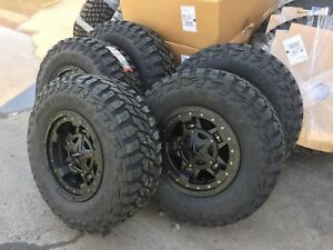 5 17x9 Xd827 Rockstar 3 33 Mxt Mt Wheel And Tire Package 5x4 5 Jeep Wrangler Tj
