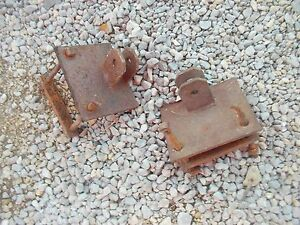 Farmall H Sh Super M Sm Mta 400 350 460 Tractor 2 Loader Axle Brackets