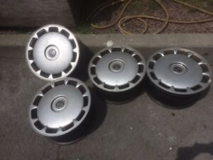 2000 Volvo S80 Set Of 4 Steel 16 Rims With Wheel Covers Oem Parts