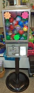 Vintage Victor Toy Joy Vending Machine 25 Cent 2 Capsule