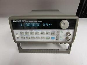 Hp 33120a Function arbitrary Waveform Generator 15 Mhz Opt 001