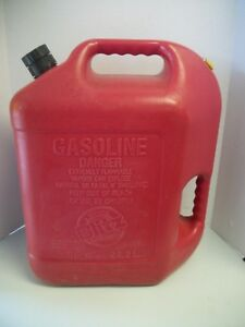 Rare Blitz 6 Gallon 16 Ounces Gas Can Pre ban Self Venting Spout Fast Pour 23