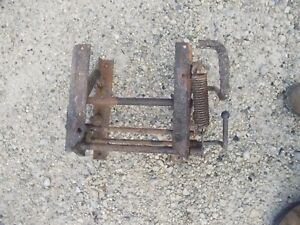 Farmall 504 Rowcrop Tractor Nice Original Ih Ihc Middle Seat Mounting Bracket