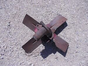 Farmall Ih 560 Tractor Engine Motor Fan Assembly Pulley Mounting Bracket tube
