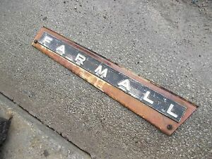 Farmall 706 Tractor Ih Ihc Front Right Hood Skirt White Panel Emblem Sp Bolts