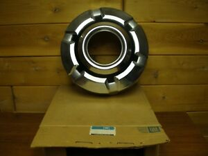 1973 1980 Gm Nos Gmc Chevy Wheel Cover Hub Cap Sierra Jimmy Suburban Silverado