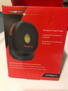 Snap On Tools Ecpra072 Led Magnetic Rechargeble Worlight Red No Box