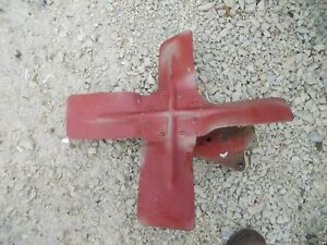 1939 Farmall A Tractor Original Ih Ihc Engine Motor Fan Blade Mount B Bn