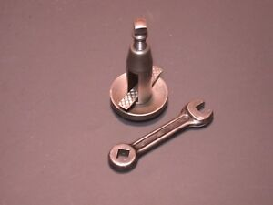 South Bed Lathe Original Lantern Type Tool Post